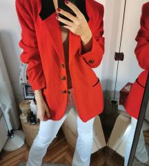 Crveni blazer