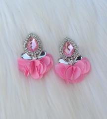 Roze naušnice