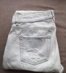 mom fit hlače