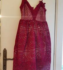 Crvena čipkasta haljina S/M