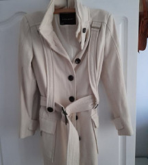 ZARA ženski bijeli kaput