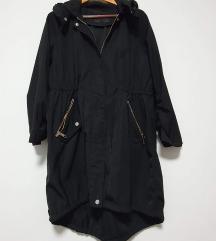 Zara crna jesenska parka L-XL