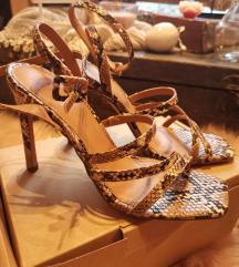 Sandale zmijski uzorak