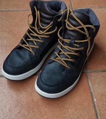 Cipele poluvisoke broj 39