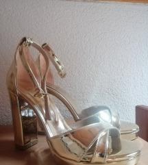 Zlatne sandale, 40br