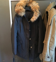 Topla jakna s pravim krznom rakuna