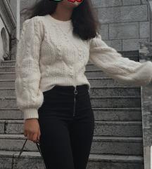 Zara novi pulover sa perlicama