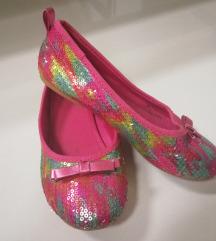 H&M balerinke sa šarenim ljuskicama