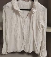 Zara bluza sa volanima