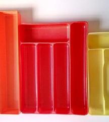 Plastični umetak za ladicu - različiti