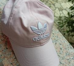 Adidas nova kapa