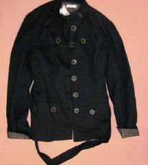 Nova crna jakna Vila