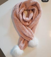 HOLISTER potpuno novi ultra soft šal