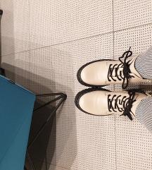 CCC bijele/krem čizme