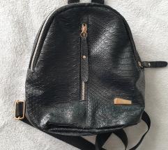 Ženski mini ruksak