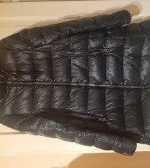 Crna Replay jakna sa perjem S - M