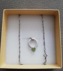 Nove Pierre Cardin srebrne ogrlice - smaragd