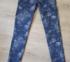 hlače s printom