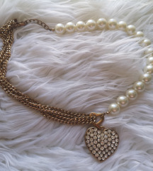 Ogrlica sa velikim srcem od cirkona