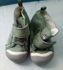 Cipele 24