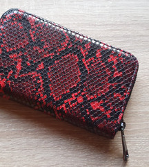 Reserved crveni novčanik