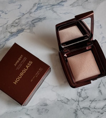 Hourglass Ambient lighting powder - travel size