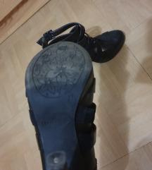 Cipele na petu crne