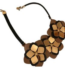 Fendi kožna ogrlica