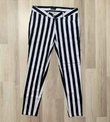 Nove hlače na pruge