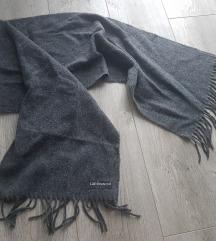 Zimski vuneni šal