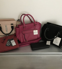 Lot nove torbe s etiketom