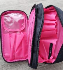 Kozmetička torbica/organizator