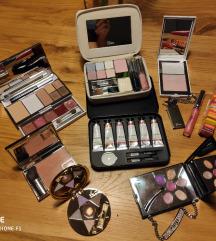 Limited edition make up set