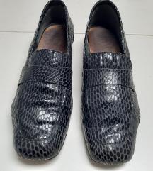 Lakirame crne kožne mokasinke loaferice 38
