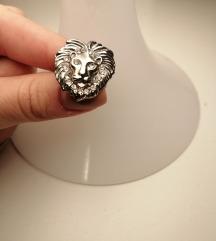 Prsten s likom lava