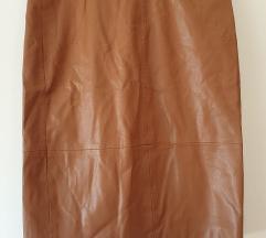 Smeđa kožna suknja