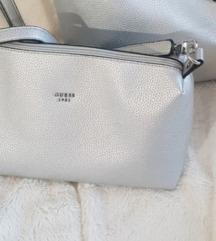 Guess torbica (Uključena poštarina)
