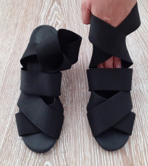COS Sandale