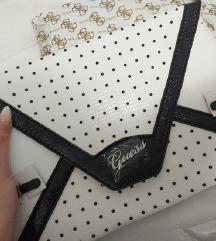 Guess nova torbica s etiketama