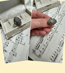 Antikni prsten srebro i markeziti