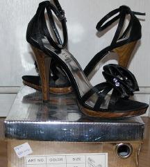 Crne elegantne štikle / sandale, veličina 37