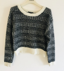 Crno bijeli pulover vel S