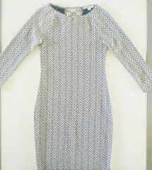 uska haljina s trirftaljnim rukavima