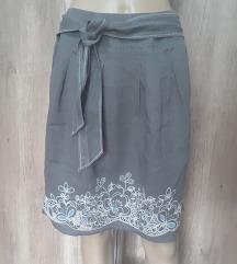 Siva, lanena suknja, S