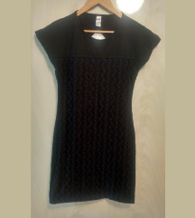 Nova mala crna haljina s čipkom(Galeb)