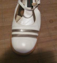 Retro bijele cipele
