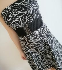 Crno bijela haljina bez naramenica