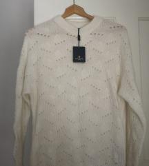 Massimo Dutti pulover s etiketom