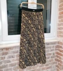guess suknja nova M
