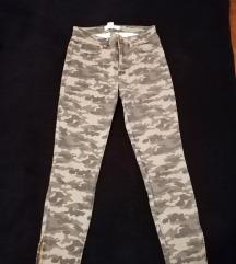 H&M vojničke traperice